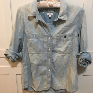 Madewell chambray button down